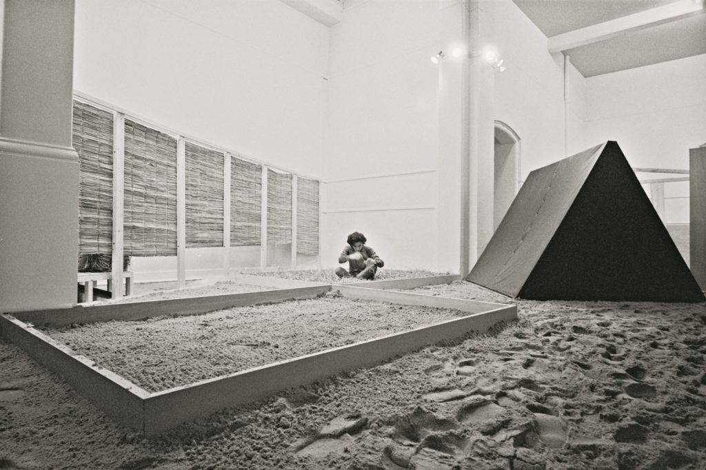 "View of ""Eden"" (1969) at the Whitechapel Gallery, London, 1969 (c) César and Claudio Oiticica"